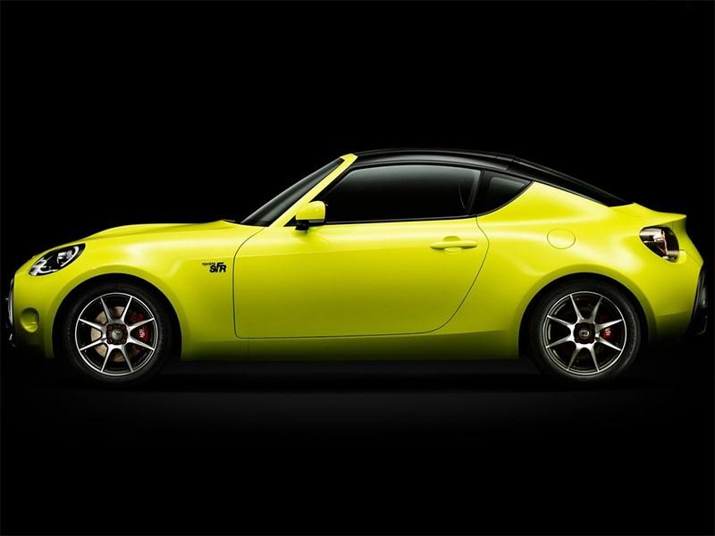 Toyota S-FR Concept 2015 вид сбоку