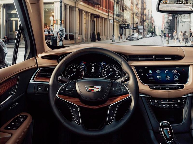 Cadillac XT5 2017 водительское место