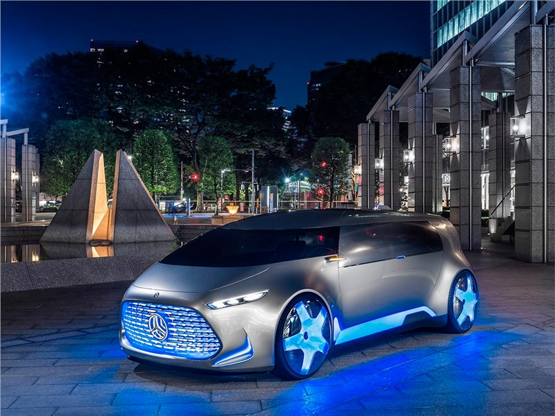 Mercedes-Benz Vision Tokyo Concept 2015 вид спереди сбоку