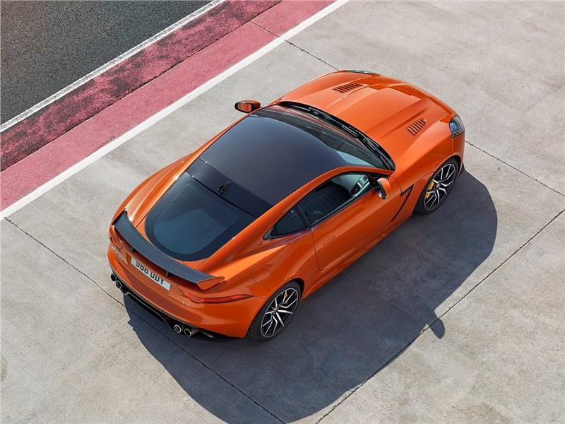 Jaguar F-Type SVR Coupe 2016 вид сверху