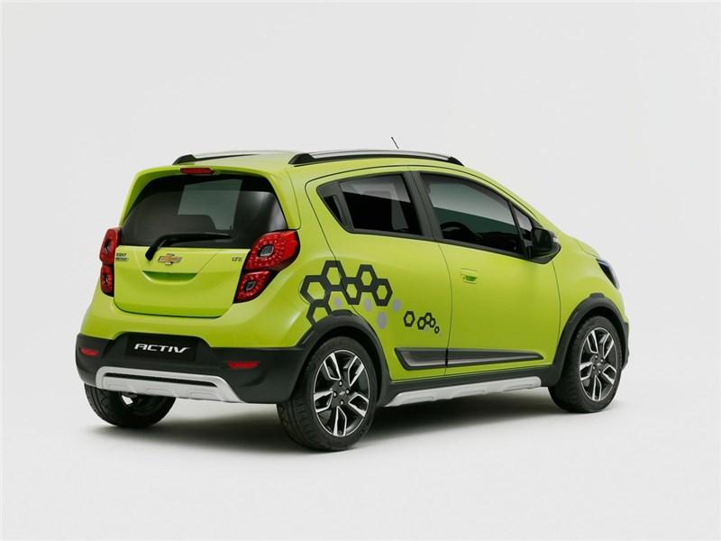 Chevrolet Beat Activ concept 2016 вид сбоку сзади