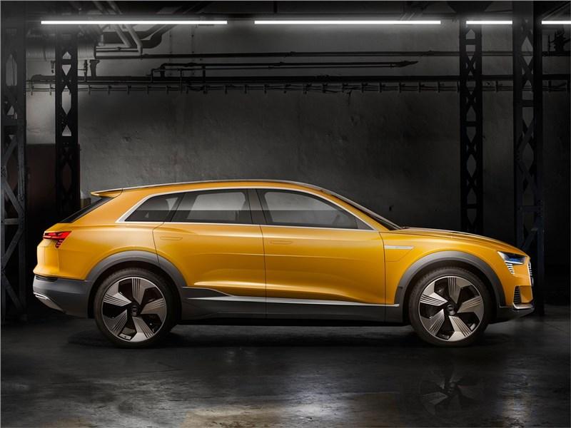 Audi h-tron quattro Concept 2016 вид сбоку