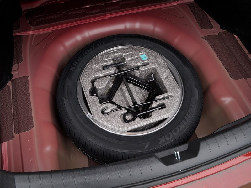 Hyundai Sonata 2018 запасное колесо