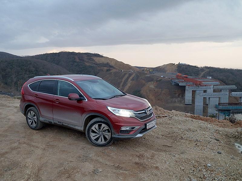 Honda CR-V 2015 вид сбоку