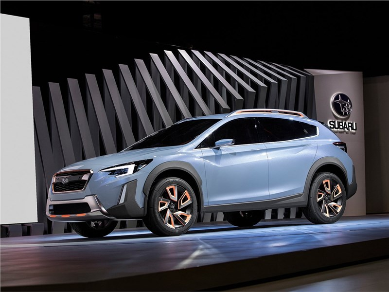 Subaru XV concept 2016 вид спереди сбоку