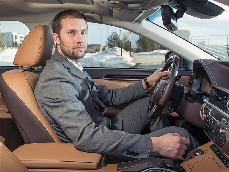 Lexus ES 2016 салон