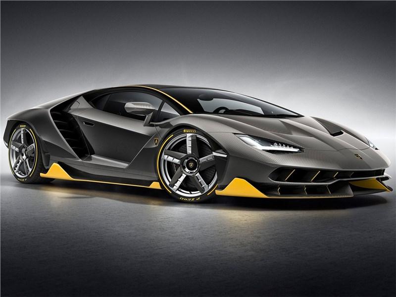 Lamborghini Centenario LP770-4 2017 вид спереди сбоку 2