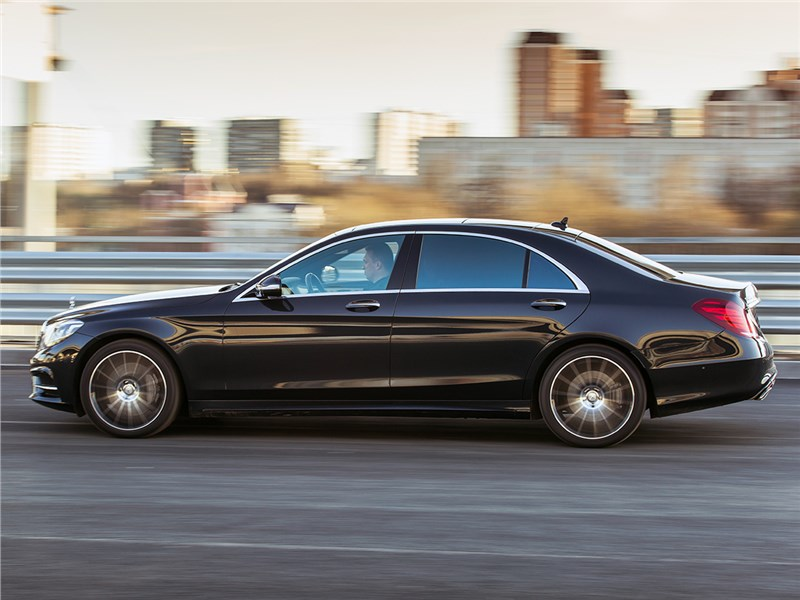 Mercedes-Benz S500 E Plug-In Hybrid 2015 вид сбоку