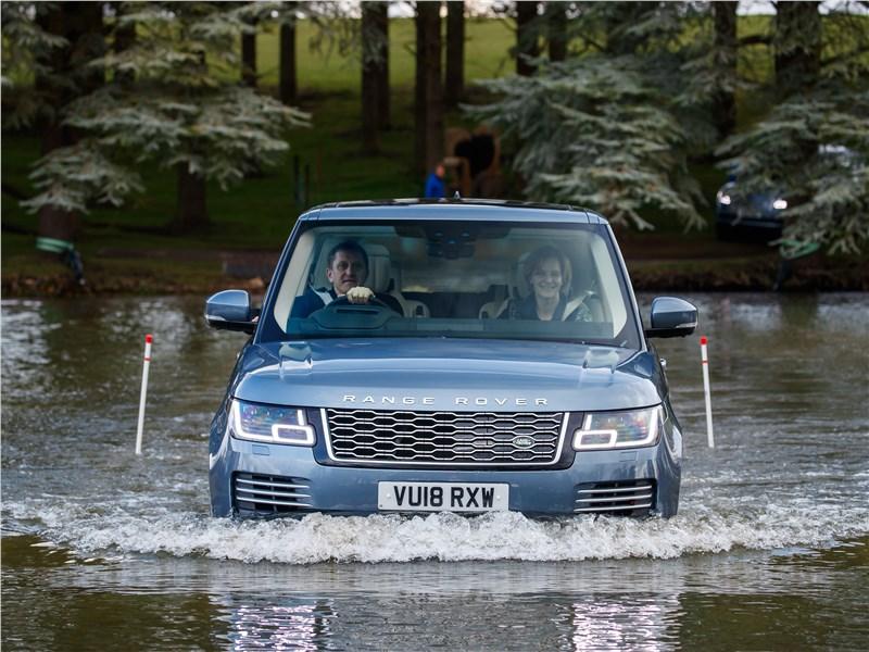 Land Rover Range Rover PHEV 2018 брод