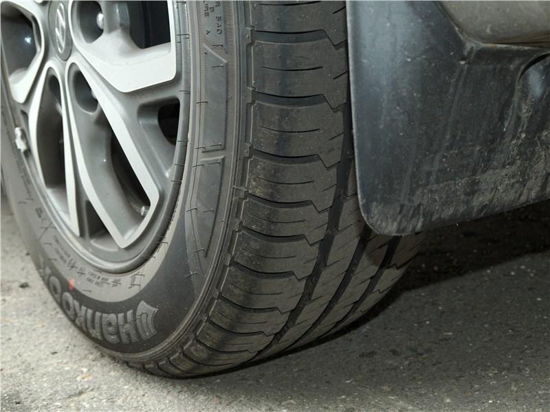 Hyundai Н-1 2018 шины