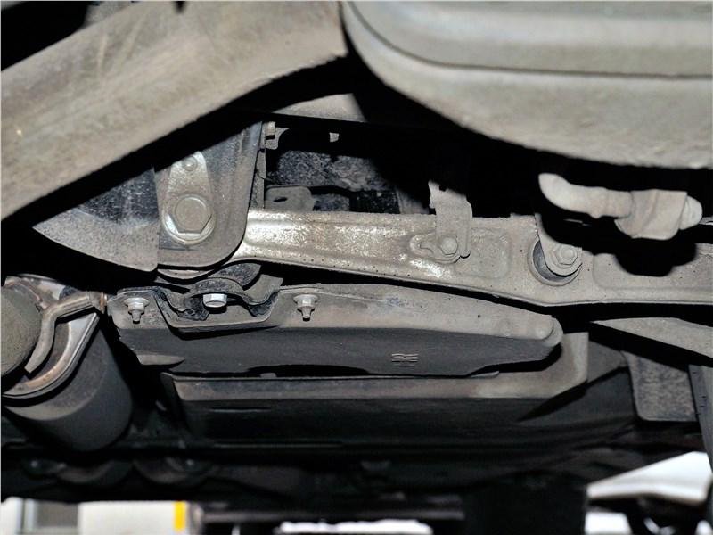 Lexus LS 500 2018 задняя подвеска