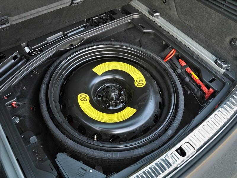 Audi A6 allroad quattro (2020) багажное отделение