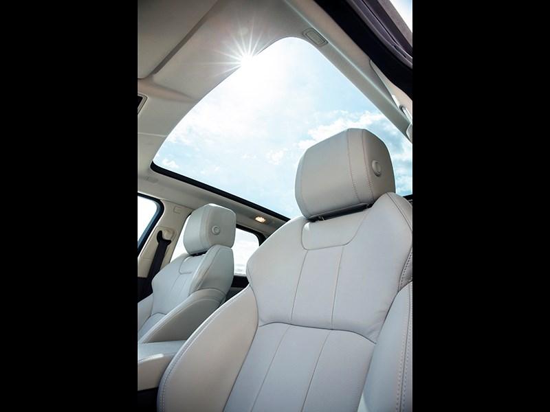 Land Rover Range Rover Evoque 2016 передние кресла