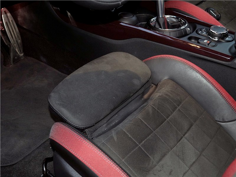 Mini Clubman Cooper S 2016 передние кресла