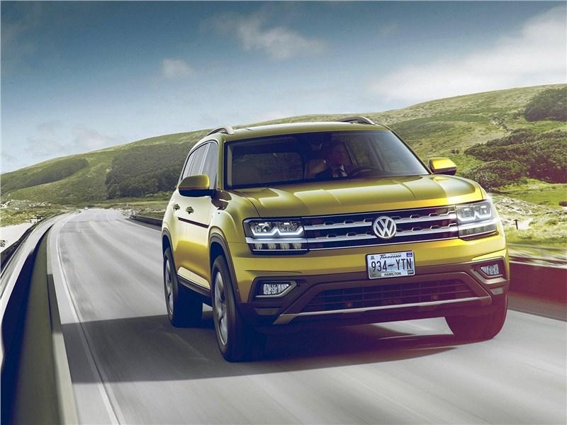 Volkswagen Atlas 2018 вид спереди