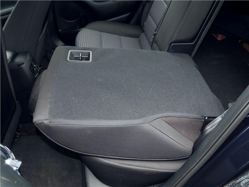 Kia Cerato 2016 задний диван