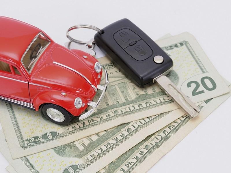 Размер среднего автокредита в РФ вырос до677 тыс. руб.