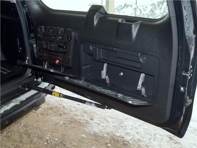 Toyota Land Cruiser Prado 2017 дверь багажного отделения
