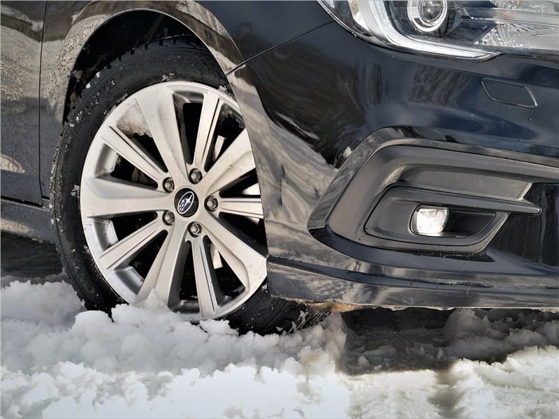 Subaru Legacy 2018 передняя губа