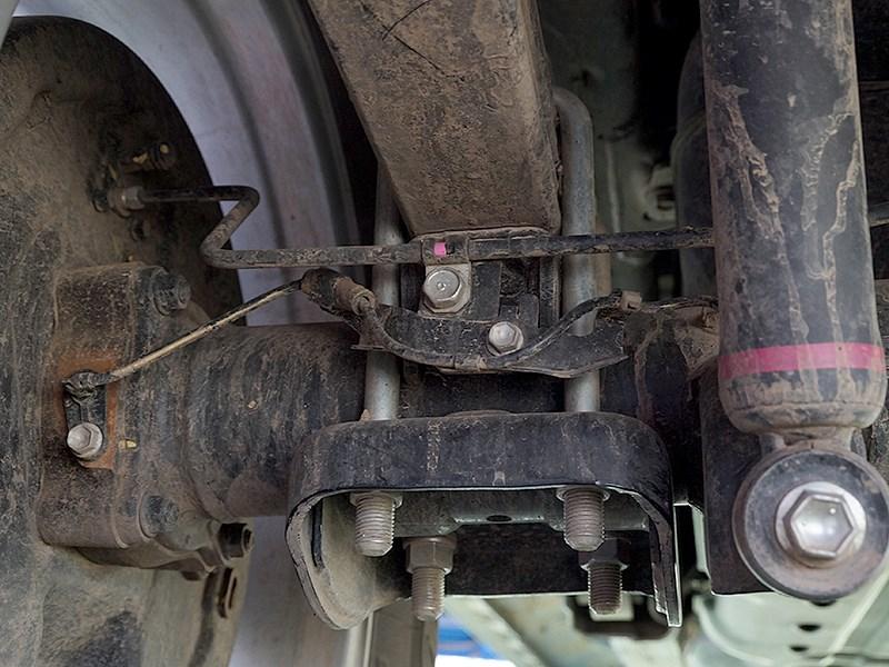 Toyota HiLux 2016 рессоры
