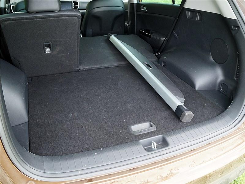 Kia Sportage 2016 багажное отделение