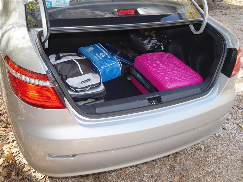 Lifan Solano 2016 багажник