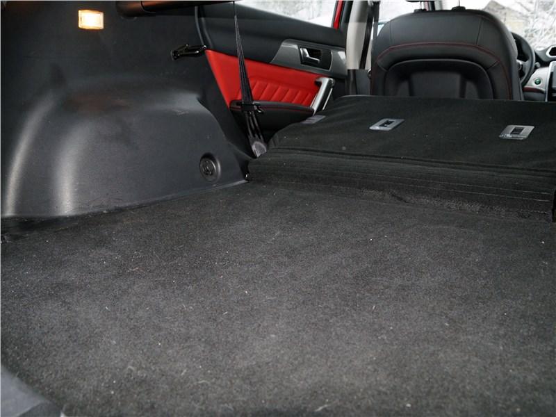 Haval H2 2014 багажное отделение