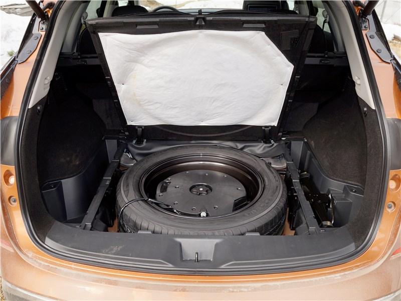 Nissan Murano 2016 багажное отделение