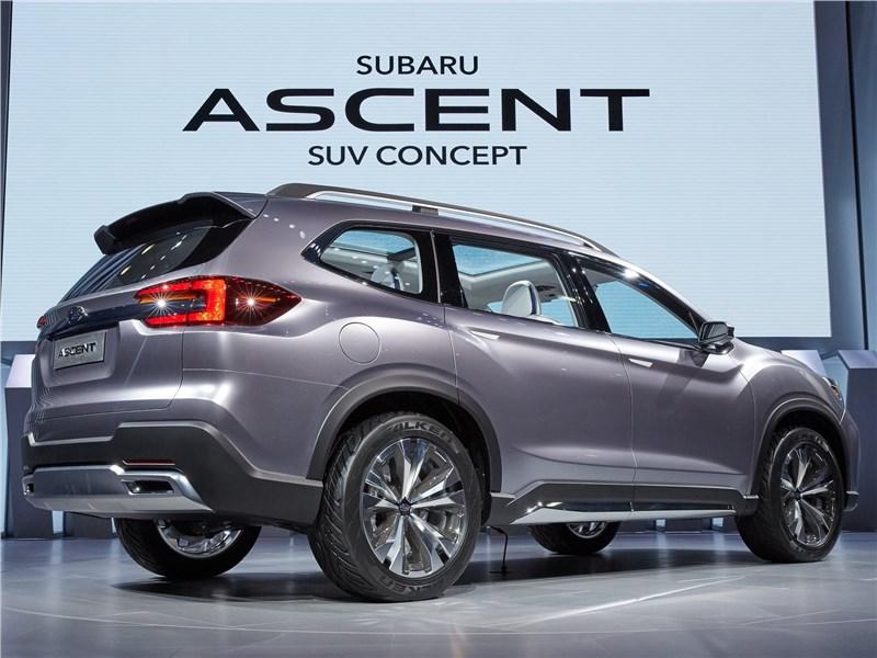 Subaru Ascent SUV Concept 2017 вид сзади