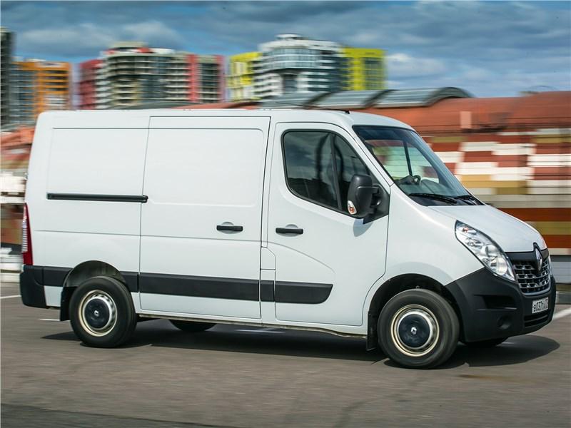 Renault Master 2014 вид сбоку