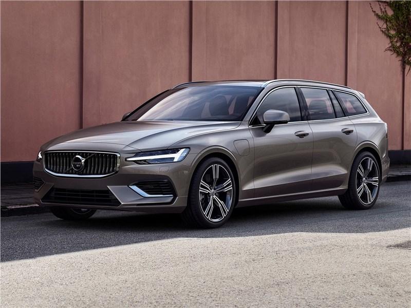 Volvo V60 2019 вид спереди сбоку