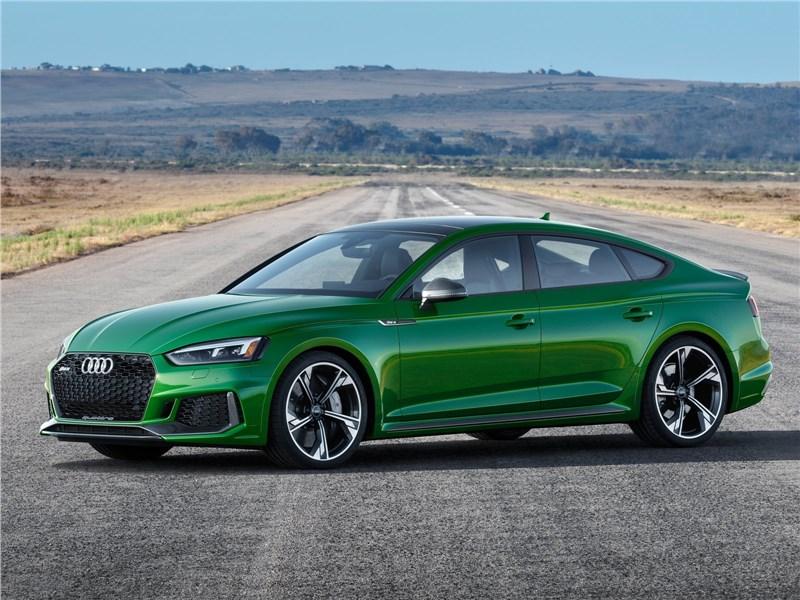 Audi RS5 Sportback 2019 вид спереди сбоку