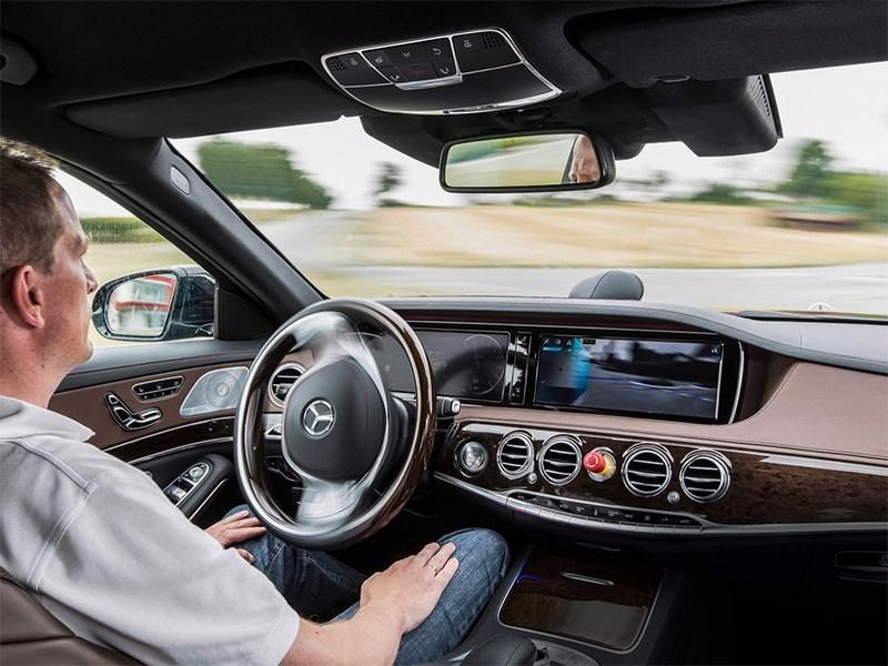 Новое поколение Mercedes Benz S Class получит совершенную систему автопилота Фото Авто Коломна