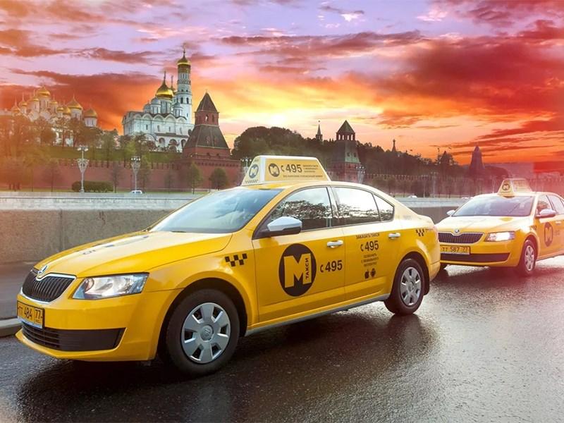 Таксистов заставят ездить под наблюдением