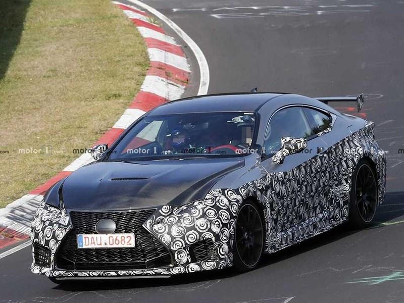 Lexus «заряжает» купе RCF Фото Авто Коломна