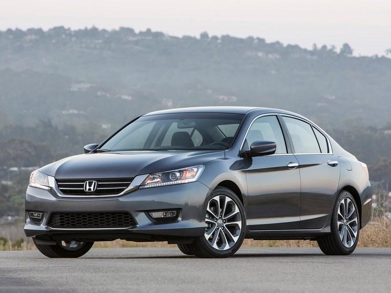 Honda озвучила рублевые цены на новый Accord