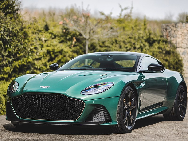 Aston Martin представил суперкар, посвященный былым заслугам Фото Авто Коломна