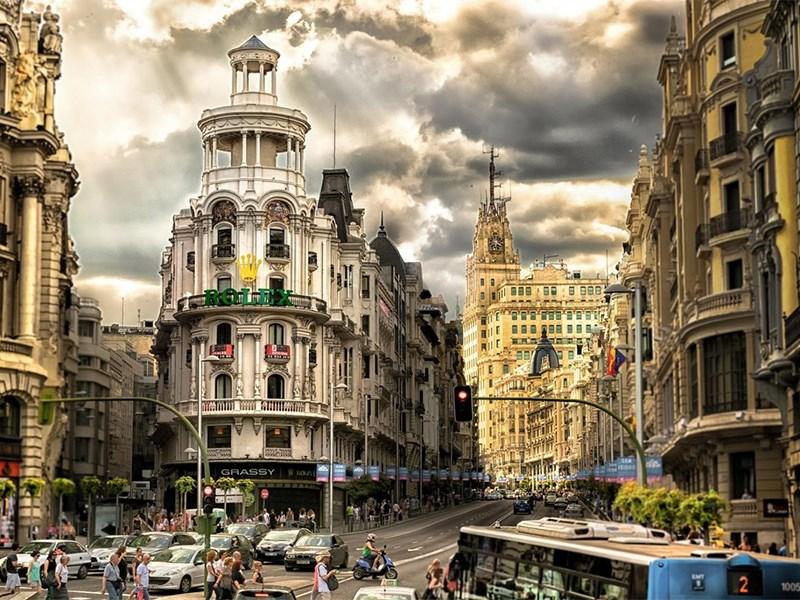 Власти Мадрида пожалели о запрете на въезд в центр города машин с ДВС Фото Авто Коломна