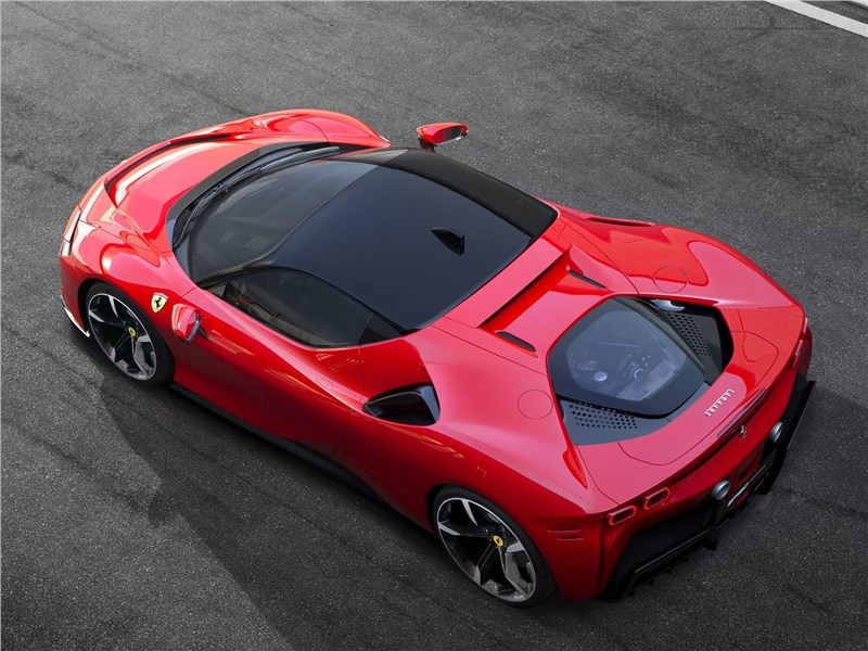 Ferrari SF90 Stradale 2020 вид сверху