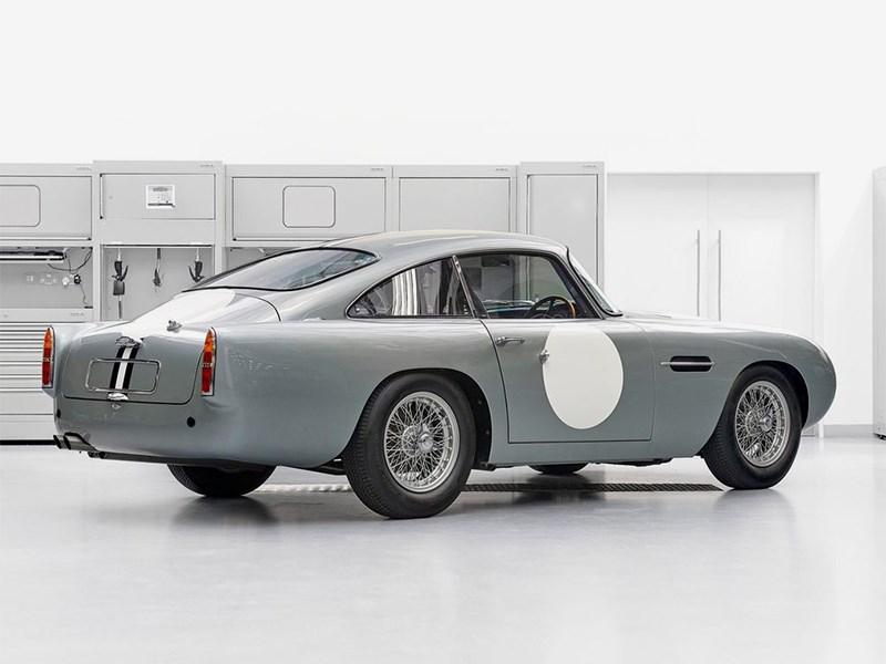 Aston Martin возродил свою легенду