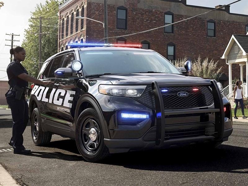 Полицейские Ford ассоциируются в США с насилием