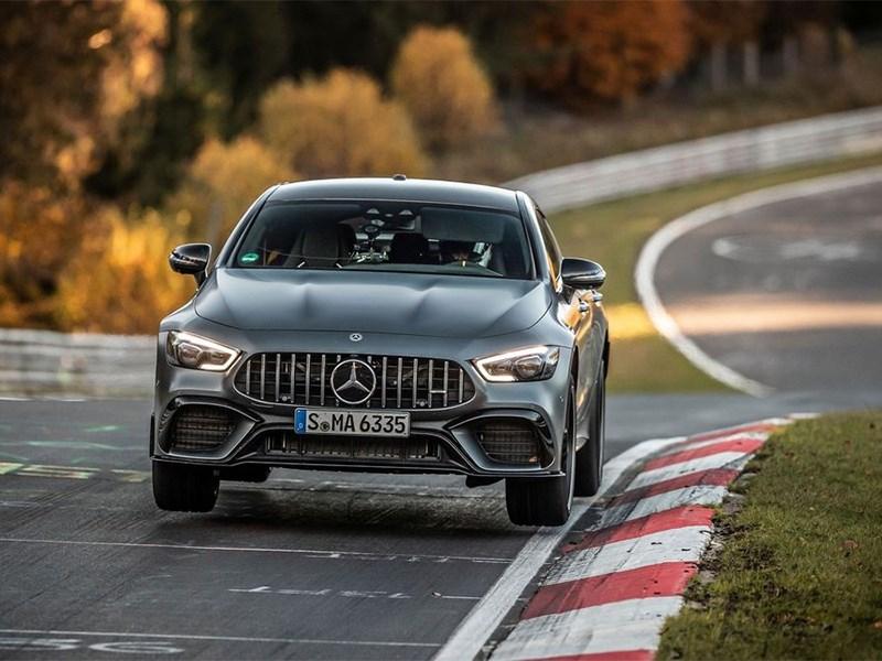 Суперкар Mercedes-AMG GT отобрал у Porsche Panamera рекорд Нюрбургринга