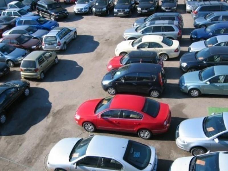 Российский рынок подержанных автомобилей начал оживать