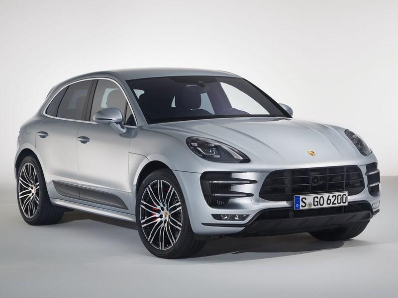 Porsche выводит на российский рынок самую мощную версию Macan