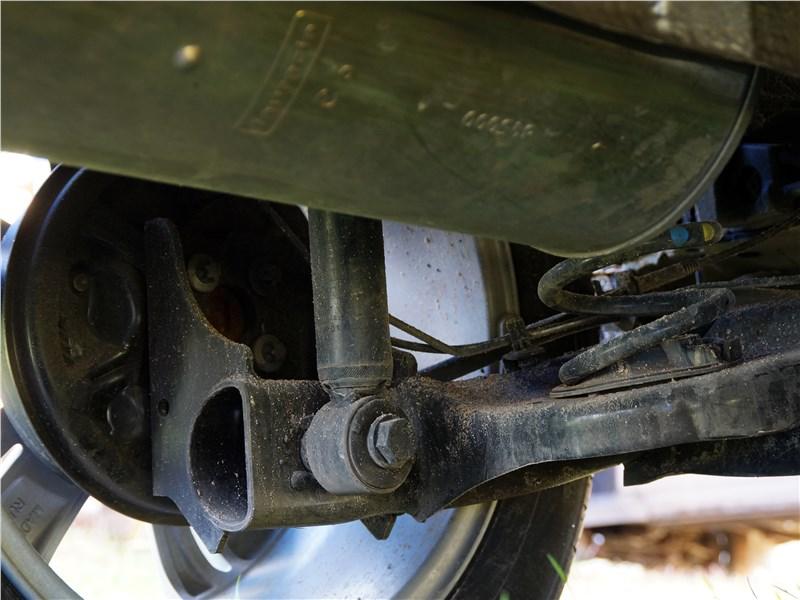 Lada XRay 2015 задняя подвеска