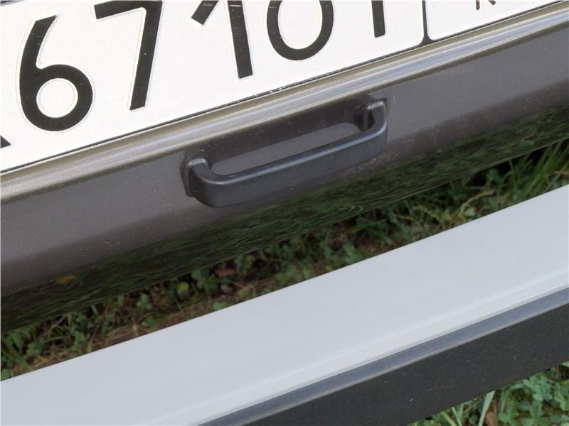 Lada 4x4 2017 ручка двери багажника