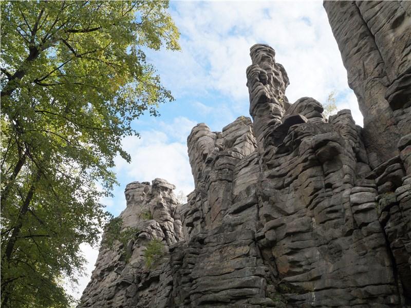 скалы-останцы «Семь братьев»