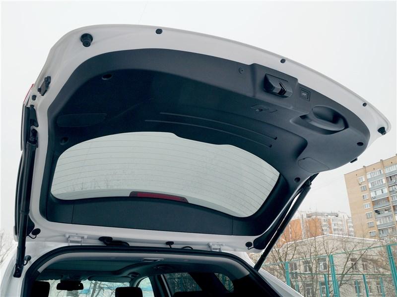 Hyundai Santa Fe 2015 задняя дверь