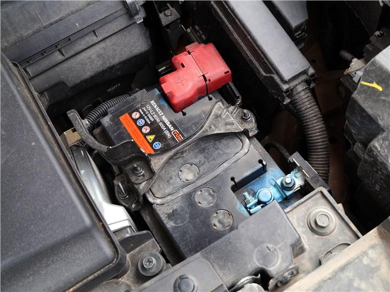 Nissan Murano 2016 аккумулятор