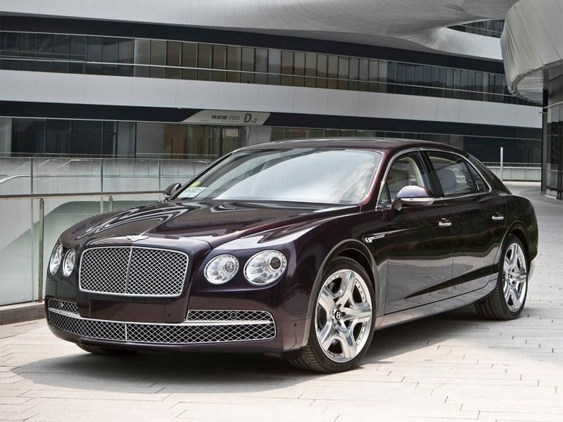 Самый быстрый седан Bentley выходит на российский рынок